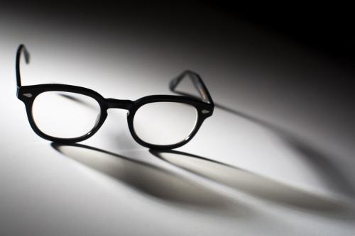 Black-and-White-glasses